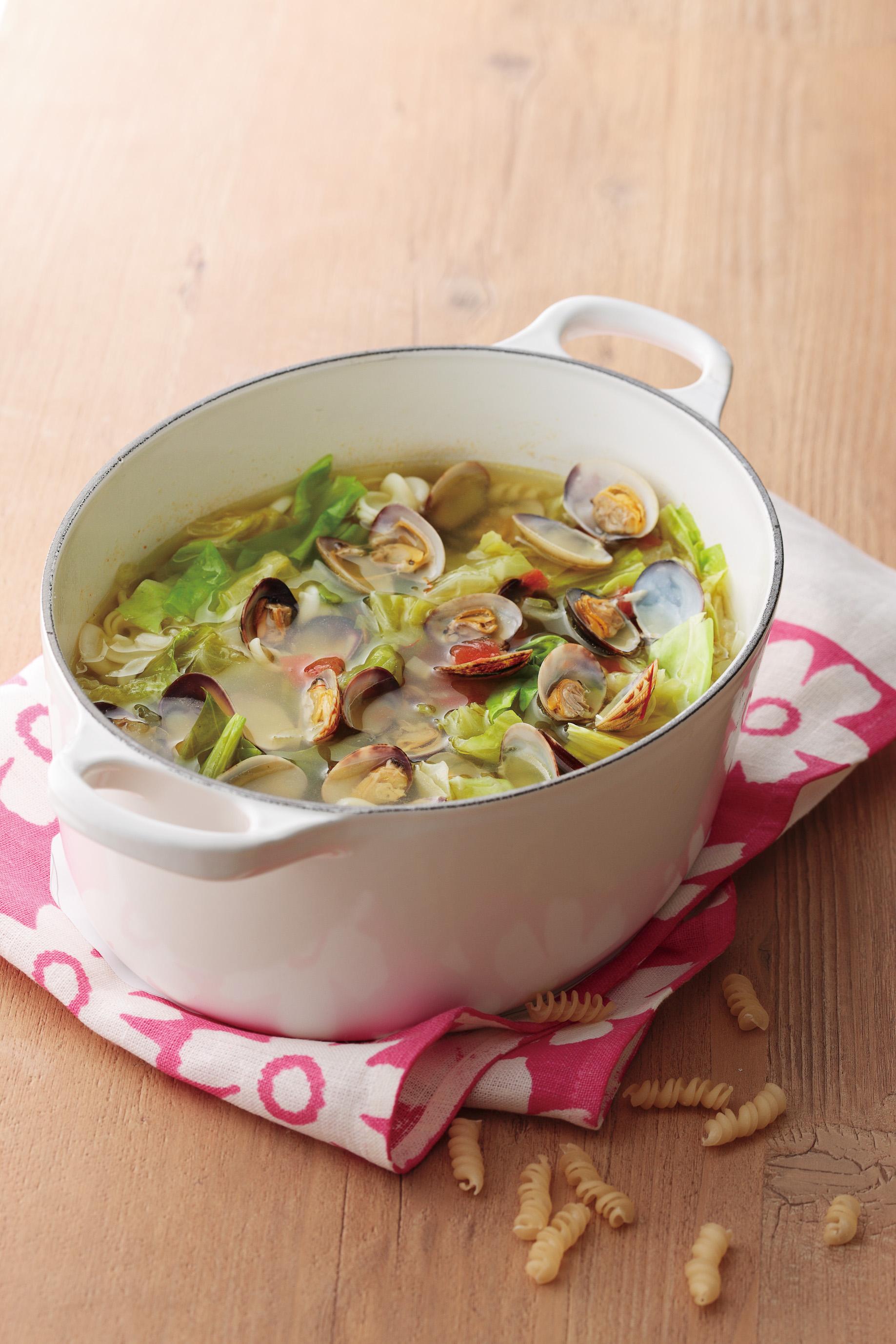 春キャベツとあさりのスープ