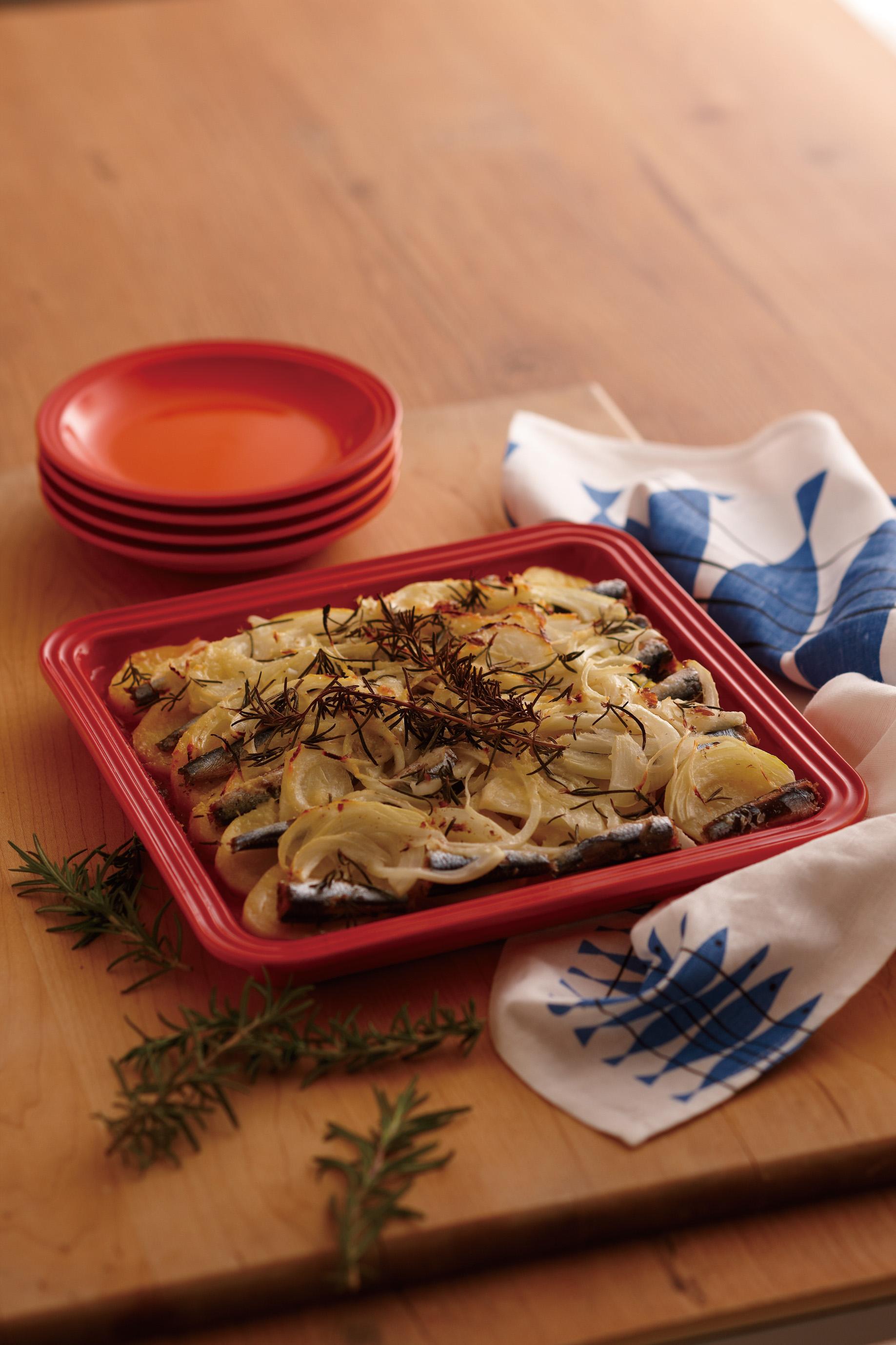 ポテトとオイルサーディンのオーブン焼き