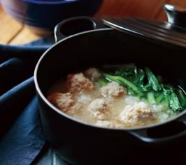 小松菜と豚肉だんごのみぞれ鍋の作り方