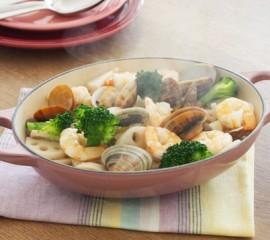 いろいろ野菜とえび、あさりのナンプラー蒸し