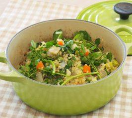 キヌアと春野菜のひと鍋ホットサラダの作り方