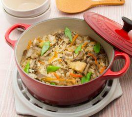 鶏肉と根菜の中華風炊き込みご飯