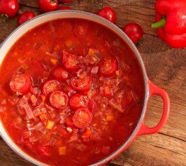 赤野菜をとろとろに煮込んだ真っ赤なミネストローネの作り方