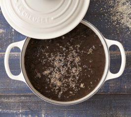 黒豆と練りごまのブラックカレーの作り方